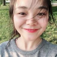 Xinyi Zhou